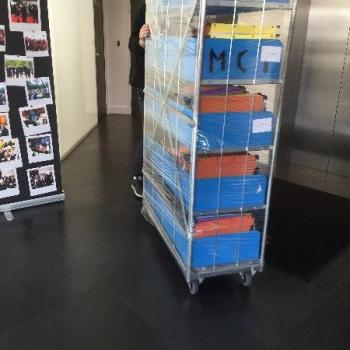 Emballages et déballages de contenus d'armoires et archives